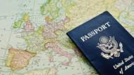 دليلك للهجرة والعمل بالدول الخمسة الأفضل