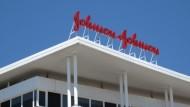 Johnson & Johnson buys Abbott Medical Optics for $4.3B