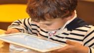 نصائح لتسهيل عملية التعلم عن بعد لدى الأطفال