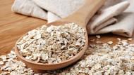علاج الامساك في المنزل بـ 4 حلول طبيعية جبّارة